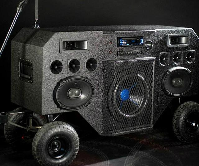 Mobile Boombox Ghettoblaster Soundsystem