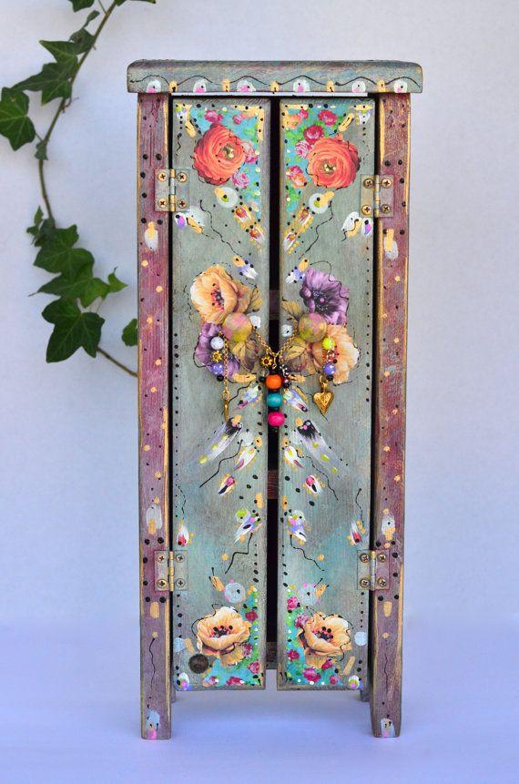 Schrank verschönern  Boho Möbel und Designs | Darumbinichblank