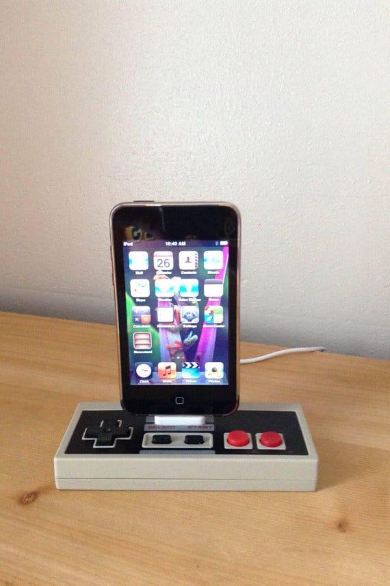 NES_controller_dock_station