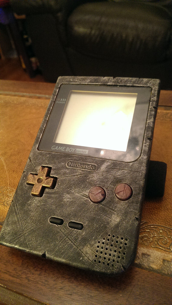 retro_steampunk_gameboy