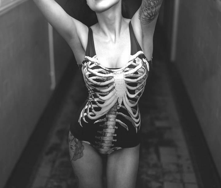 Skelett Badeanzug