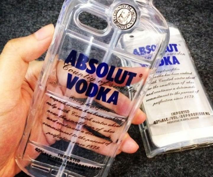 Vodka Flasche iPhone Hülle